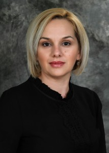 Наташа Ј. Китани-професор